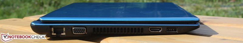Acer Aspire One AO756-877Bckk blue side view HDMI VGA LAN thin close lid