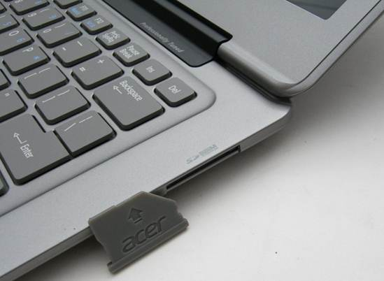 Acer Aspire S3 Ultrabook card reader