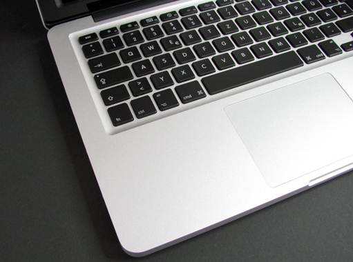 Apple Macbook Pro 13 MD231ZP-A design