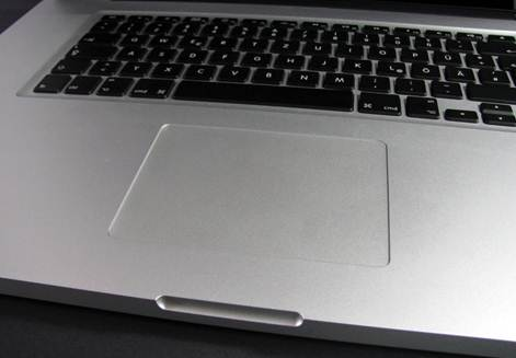 Apple Macbook Pro 17 MD311ZP/A touchpad