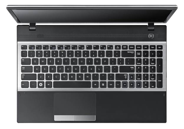 Samsung Series 3 NP300E4Z Keyboard layout and touchpad