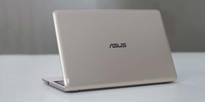 Đánh giá Asus E200HA: Laptop mỏng, đẹp, pin trâu và giá sinh viên