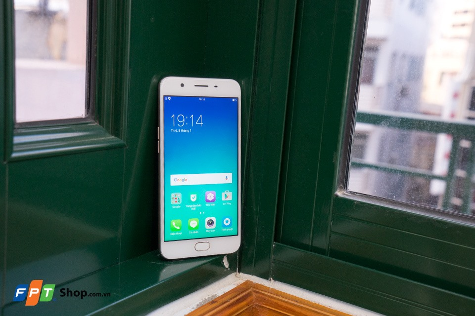 Thiết kế OPPO F1s 2017