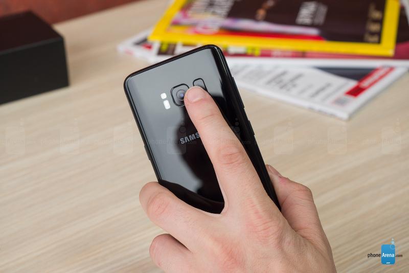 Mua Galaxy S8 tốt hơn so với iPhone X, đây là lý do vì sao