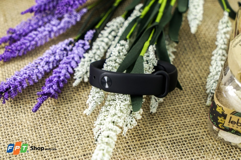 vong-deo-tay-xiaomi-mi-band-2