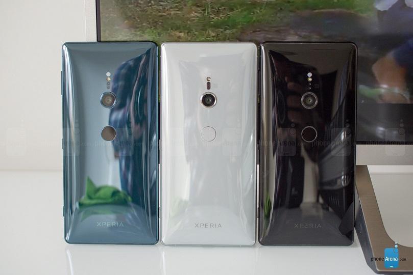 trên tay Xperia XZ2 và XZ2 Compact