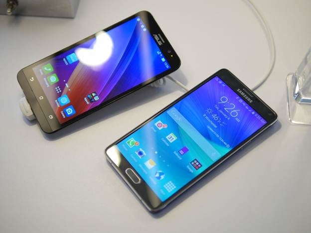 Asus-ZenFone-2-vs-Galaxy-Note-4