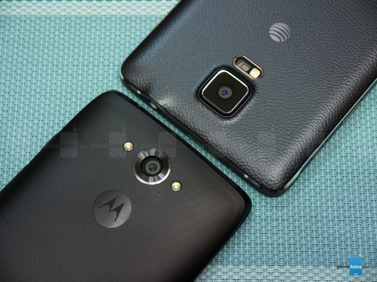 Motorola-Droid-Turbo-va-Samsung-Galaxy-Note-4