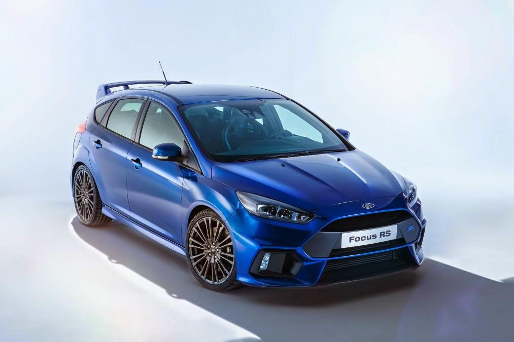 Ford Focus RS 2016 với Honda Civic Type R 2015