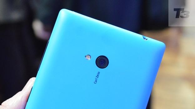 So sánh Nokia Lumia 720 và Lenovo S850