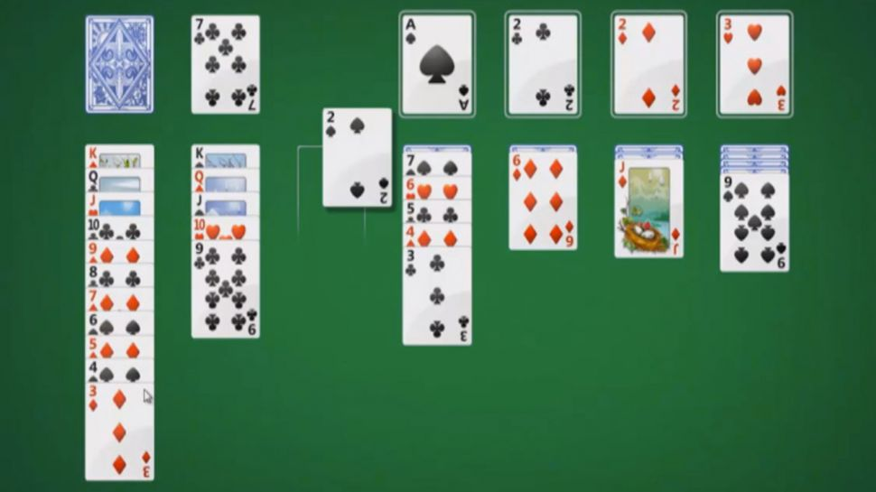 Microsoft-hoi-sinh-Solitaire