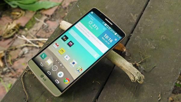 """LG G4 và HTC One M9 """"ai cao ai thấp"""""""