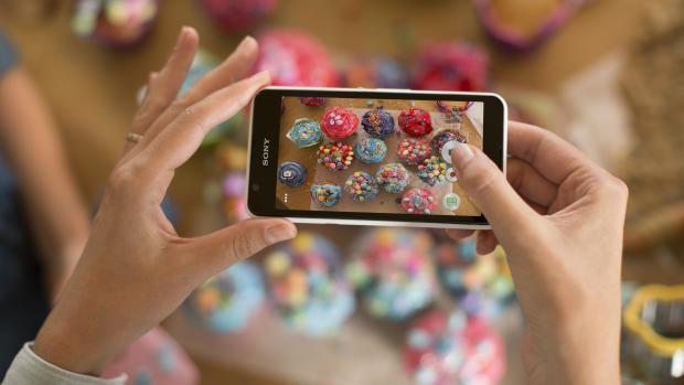 smartphone-cho-nguoi-viet-xperia-E4g
