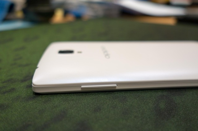 Oppo-Neo-5-chat-luong