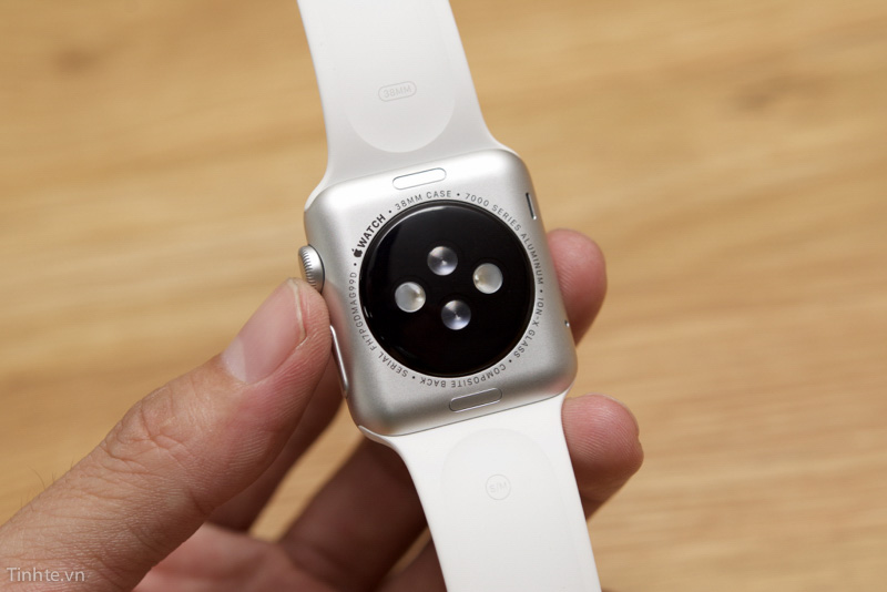 Kha-nang-do-nhip-tim-cua-dong-ho-Apple-Watch