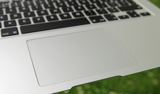 Vi-tri-trackpad-tren-new-macbook-12-inch