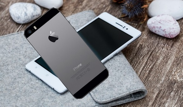 OPPO R5 với iPhone 5S