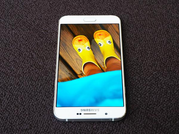 Samsung Galaxy A8 với màn hình 5,7-inch Full HD cực sắc nét của mình