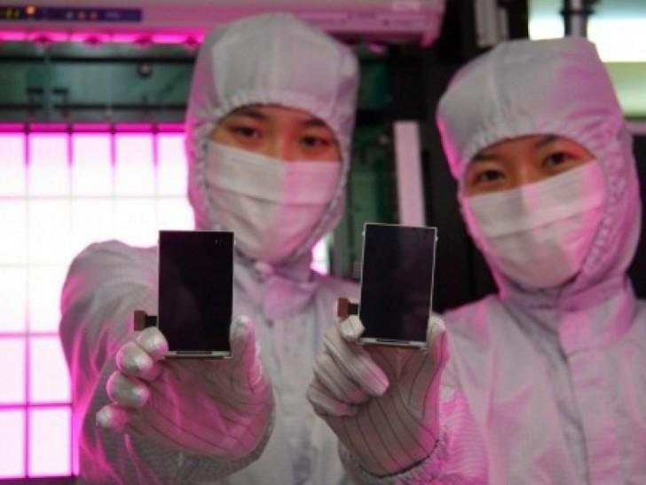 Năm 2018, iPhone sẽ được trang bị màn hình Samsung OLED?