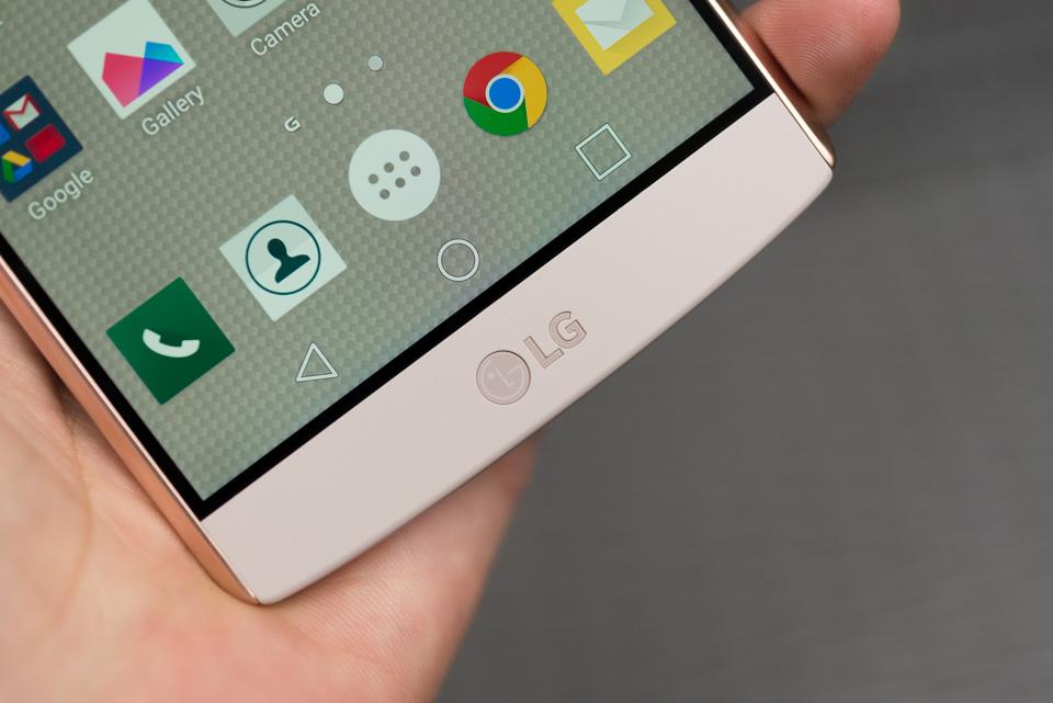 Trên tay LG V10 tại Việt Nam, đánh giá nhanh thiết kế, cấu hình và tính năng