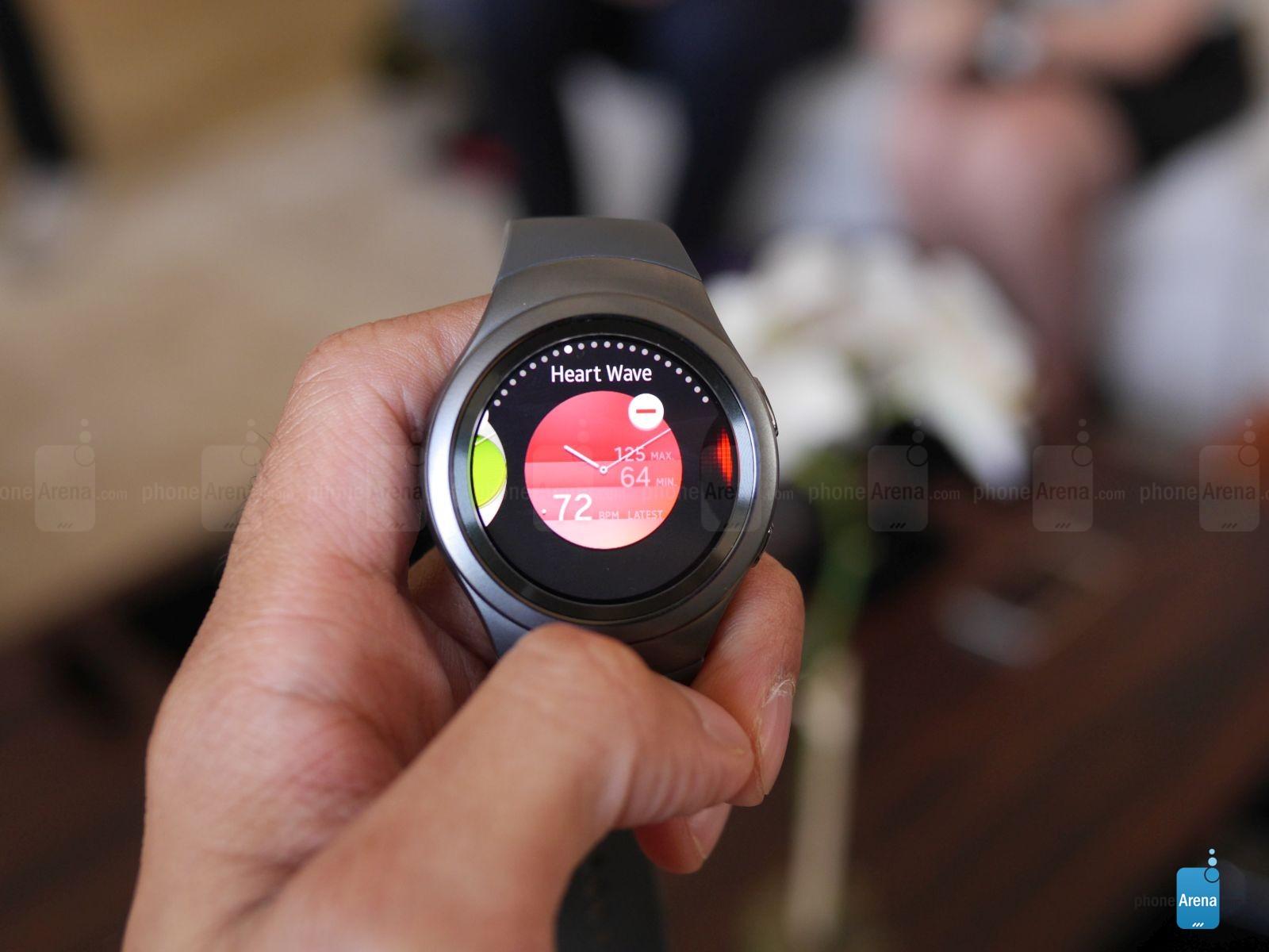 Trên tay và đánh giá nhanh Samsung Gear S2