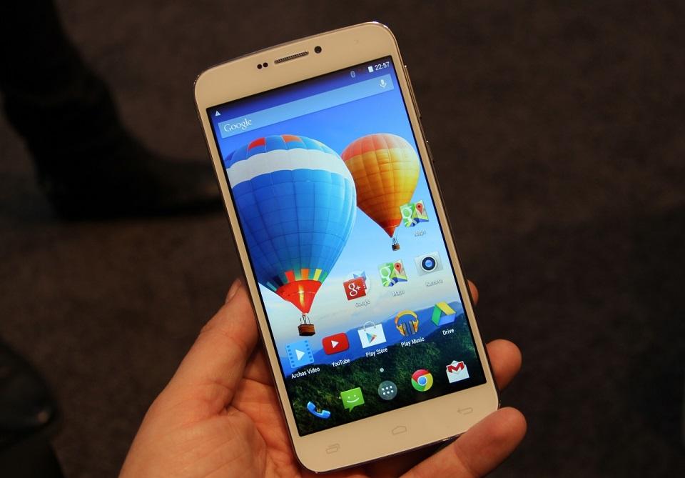 4 smartphone màn hình lớn giá rẻ xuất sắc nhất hiện nay 2