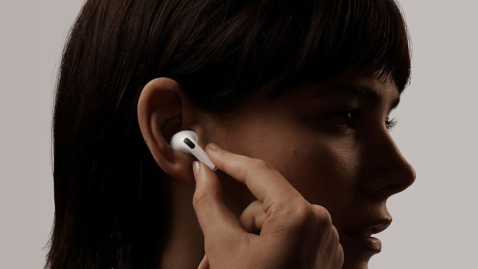 Trò chuyện thoải mái với tai ngheAirPods Pro