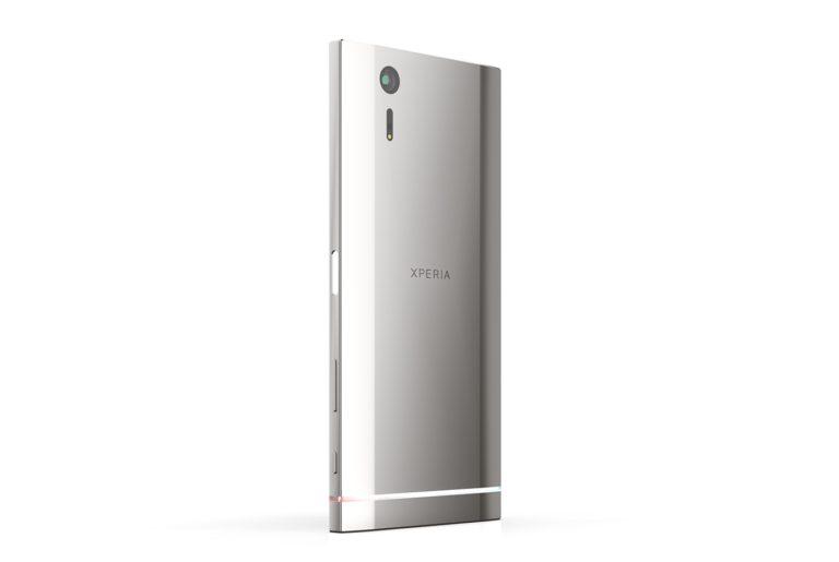 Ngắm thiết kế Xperia XS với vẻ đẹp nam tính đậm chất Sony 4