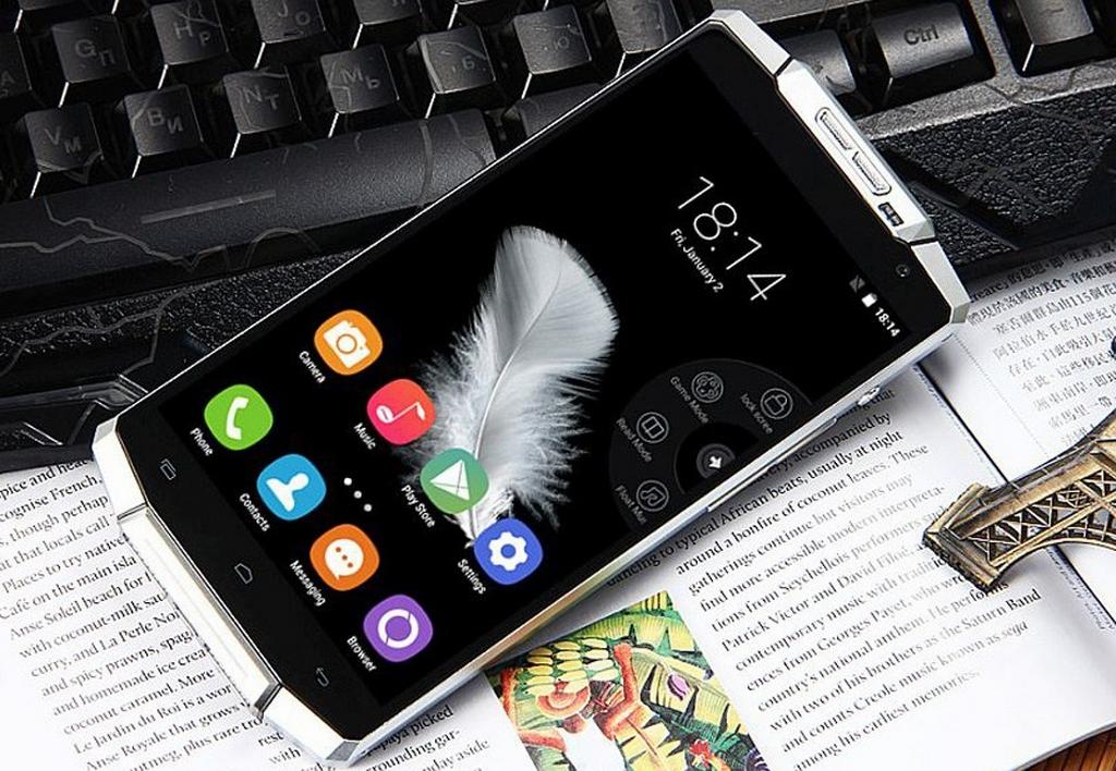 Smartphone pin khủng hoạt động hơn 15 ngày