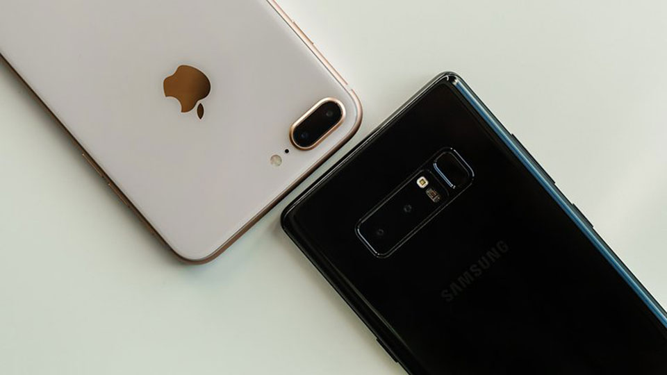 So sánh iPhone 8 Plus vs Galaxy Note 8
