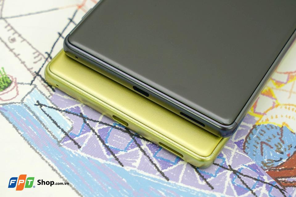 Trên tay Xperia XA Ultra: Phablet siêu đẹp của Sony