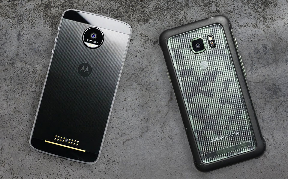 Moto Z Force vs Galaxy S7 Active: Ai bền hơn ai?