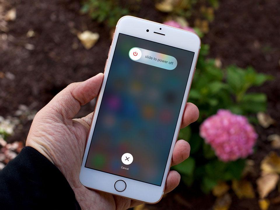 Khởi động lại iPhone không dùng phím cứng với iOS 11 - Fptshop.com.vn