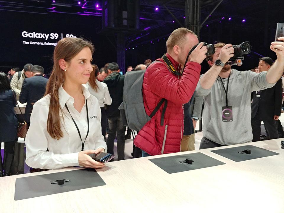Khả năng chụp ảnh của Galaxy S9 vs iPhone X, V30, S8