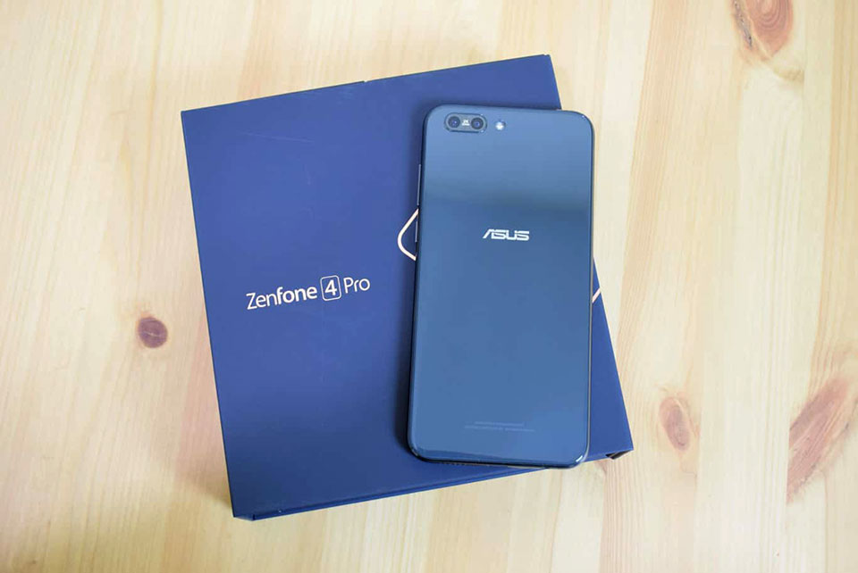 Asus ZenFone 4 Pro được update Android 8.0 Oreo