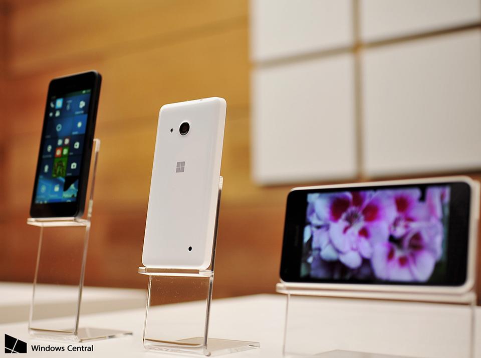 Microsoft Surface Phone tích hợp nút home ngay trên màn hình cảm ứng