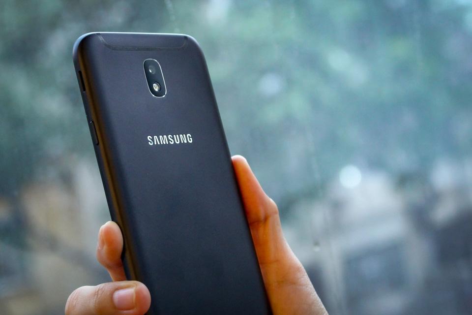 Smartphone Galaxy J7 Pro xuất hiện đầy cuốn hút! (ảnh 8)