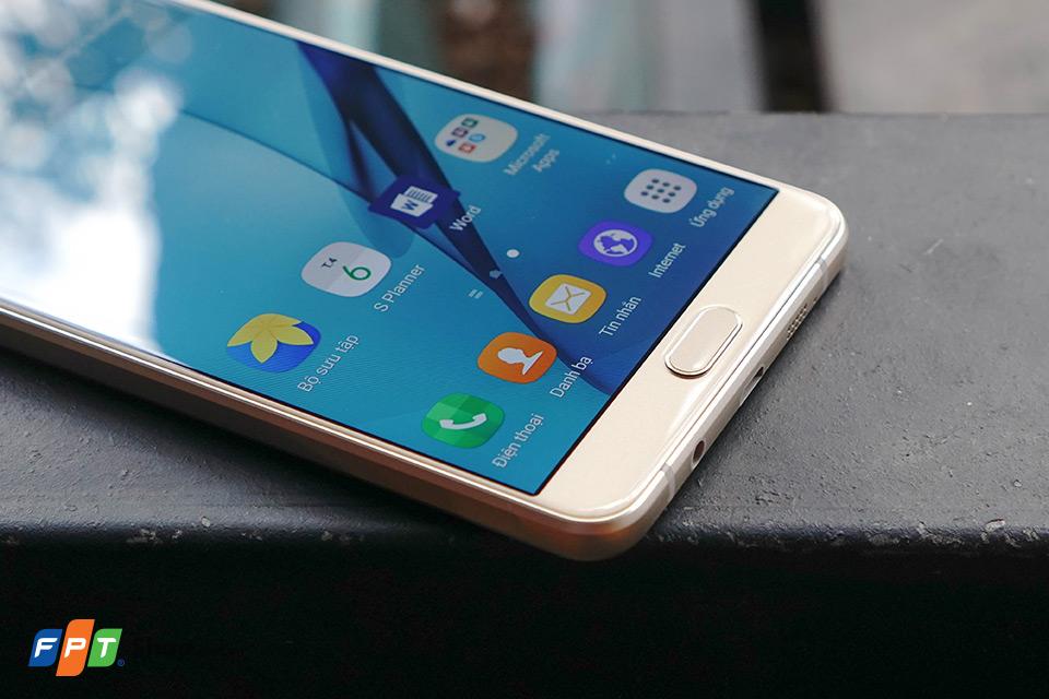 Đánh giá màn hình Samsung Galaxy A9 Pro: Rất tốt trong tầm giá