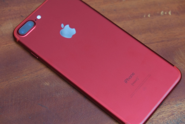 Thiết kế của iPhone 7 (PRODUCT) RED