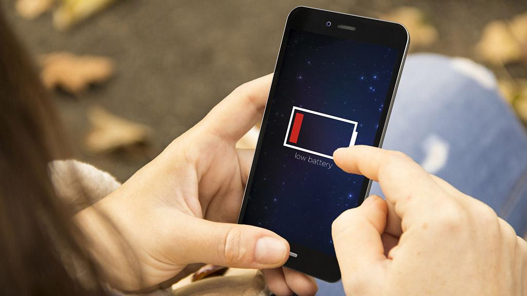 Công nghệ mới cho phép dùng smartphone cả tuần không lo sạc