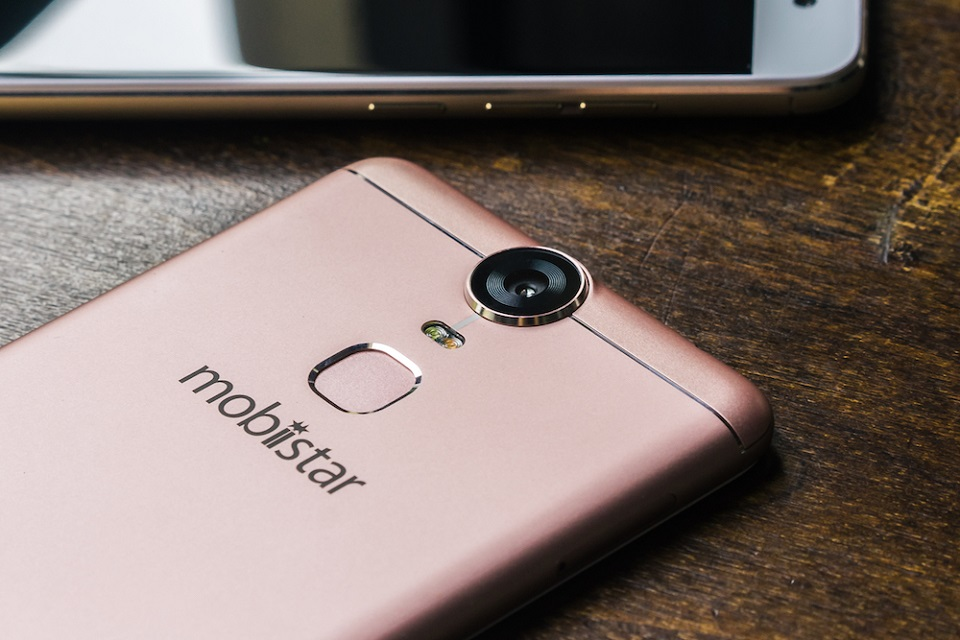 Điểm danh 6 smartphone xuất sắc giá dưới 7 triệu đồng