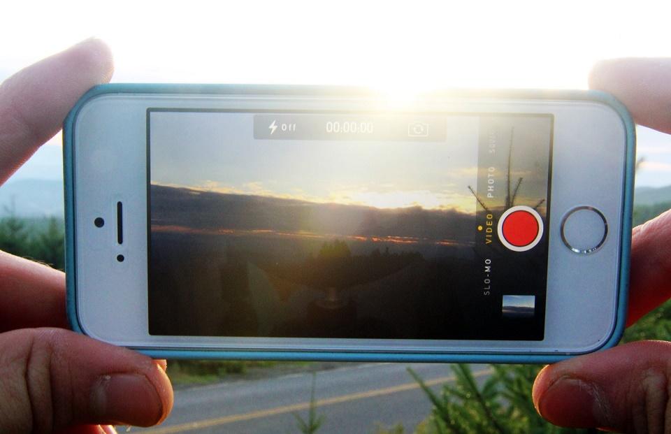 Hướng dẫn sửa lỗi không thể lưu ảnh vào Cuộn Camera trên iPhone
