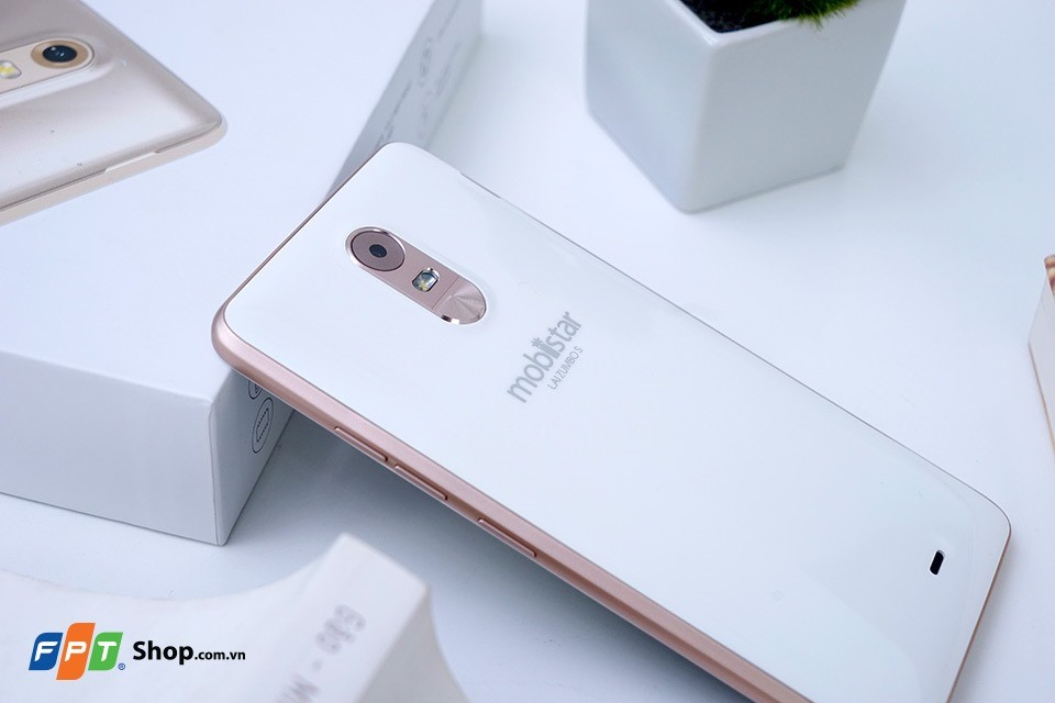 So sánh chi tiết OPPO A37 và Mobiistar Lai Zumbo S