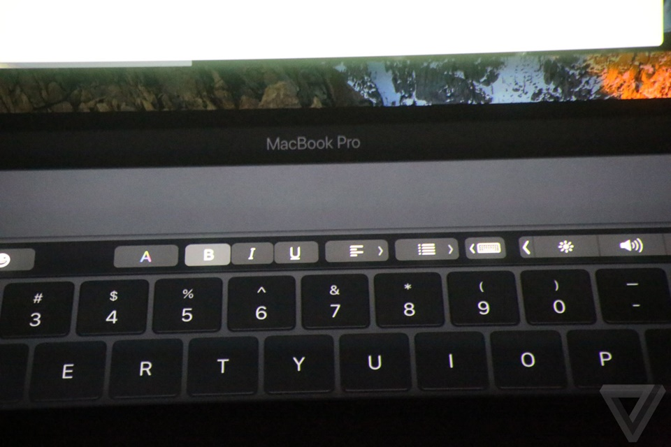 Touch Bar của Macbook Pro mới 12