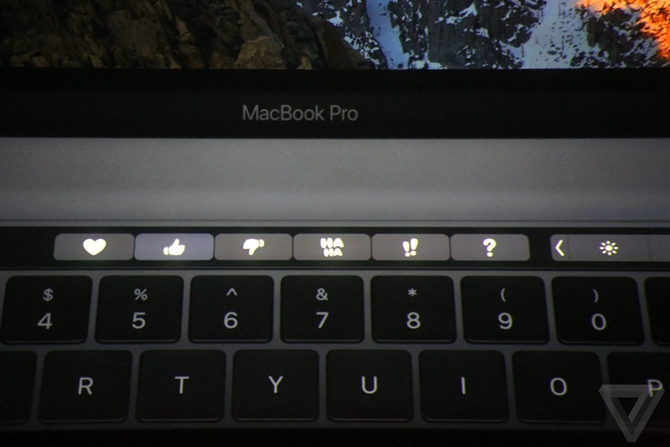 Touch Bar của Macbook Pro mới 15