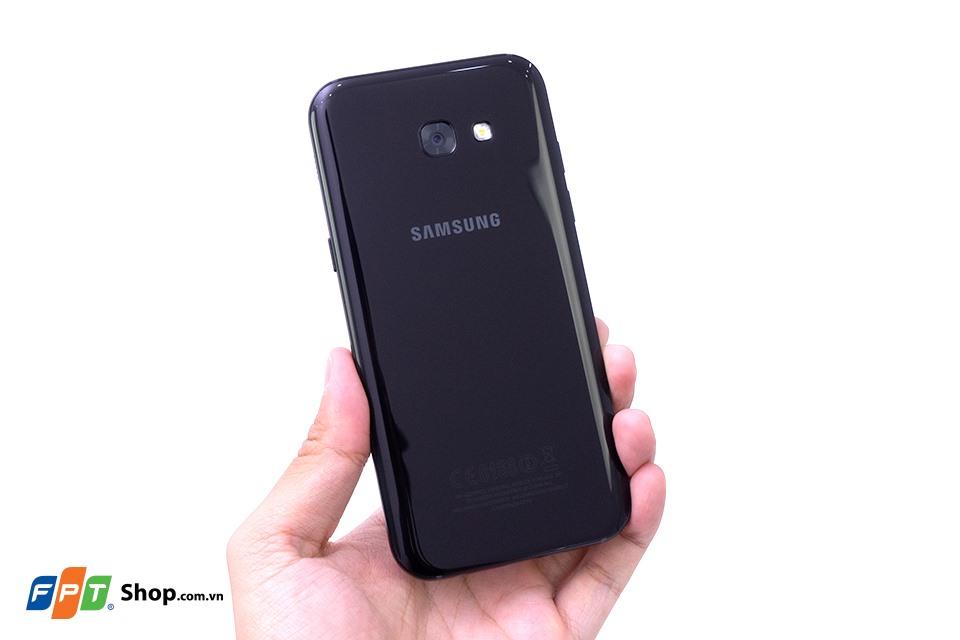 Thay đổi thiết kế: Đưa kiểu dáng, chất liệu smartphone cao cấp xuống trung, cận cao cấp