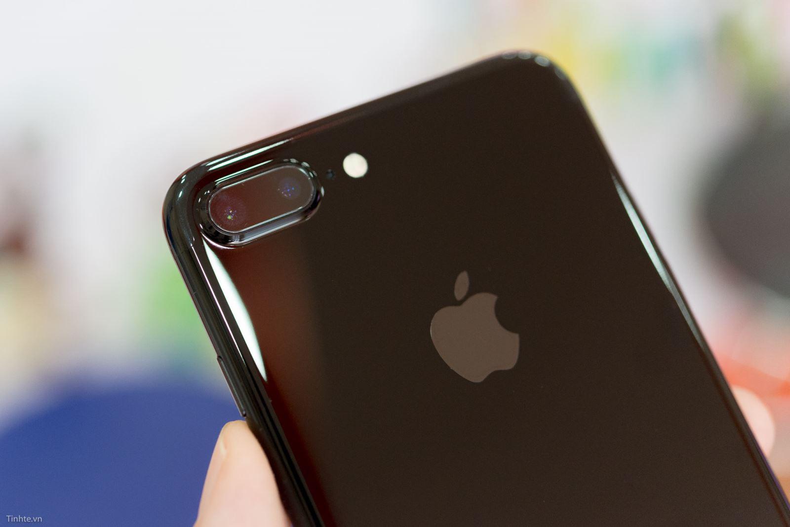 Giải đáp thắc mắc về pin iPhone 7 plus 4