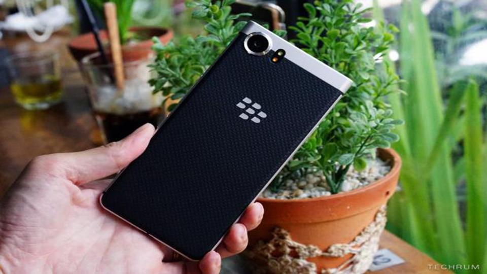 Đánh giá BlackBerry KeyOne