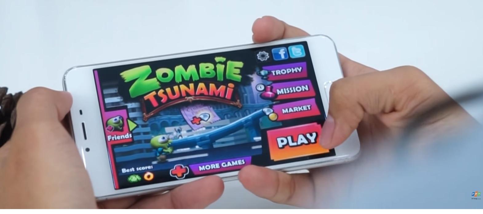 Với các tựa game nhẹ như Zombie Tsunami thì M3s hoạt động mượt mà, không có độ trễ