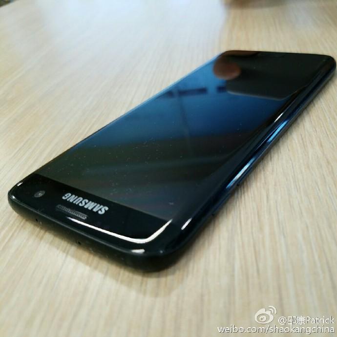 Lần đầu tiên hình ảnh của Galaxy S7 Edge